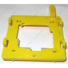 Жёлтый держатель-фиксатор HP 279681-001 для крепления CPU socket 604 к радиатору (Волгоград)